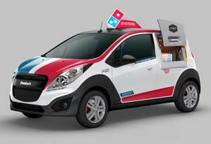 Entrega com estilo: pizzas serão entregues em um Chevrolet Spark modificado Foto: Divulgação/Domino's