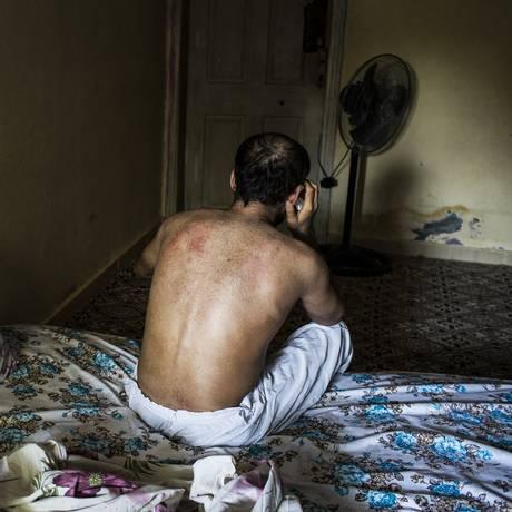 Abu Anas ficou com saúde comprometida após ataques Foto: BRYAN DENTON / NYT