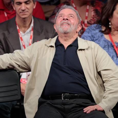O ex-presidente Lula Foto: Pedro Kirilos / 13/10/2015 / Arquivo O Globo