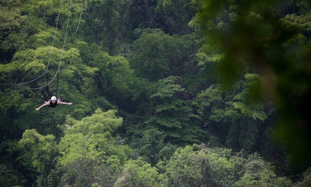 As tirolesas de Brotas estão entre as mais longas do Brasil, com quase 1,5km de extensão. Foto: Marcos Alves / Agência O Globo