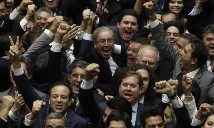 O deputado Eduardo Cunha (PMDB-RJ) é eleito o novo presidente da Câmara Foto: Arquivo 01/02/2015 / Givaldo Barbosa / Agência O Globo