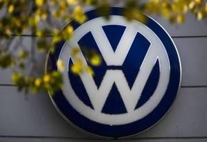 Símbolo da montadora alemã Volkswagen Foto: AP