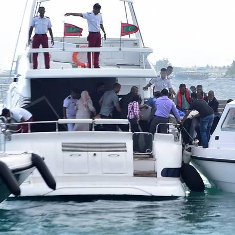 Lancha do presidente Abdulla Yameen sofreu explosão em setembro, mas ele saiu ileso Foto: HAVEERU / AFP