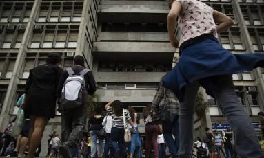 Prova do Enem 2015 na Uerj Foto: Fernando Lemos / Agência O Globo