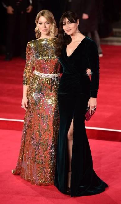 Que dupla: as belas Monica Belucci e Léa Seydoux LEON NEAL / AFP
