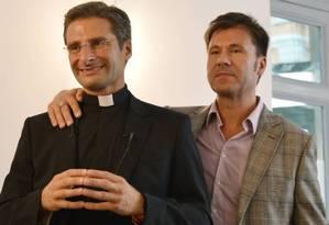 Ex-padre e seu companheiro Foto: AFP
