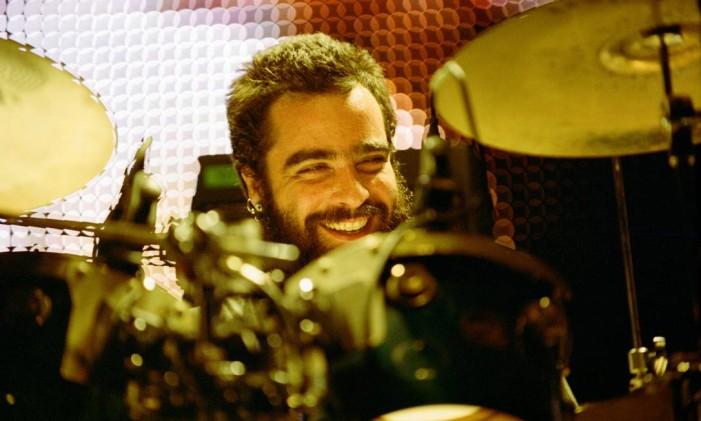 Rodrigo Barba, dos Los Hermanos Foto: Divulgação/Caroline Bittencourt