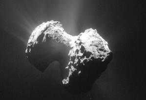 A atmosfera do cometa 67P tem oxigênio, vapor d'água, monóxido de carbono e dióxido de carbono Foto: Divulgação/AP