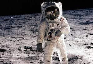 Na década de 1960, os EUA venceram a corrida espacial contra os soviéticos ao enviar o homem à Lua Foto: NASA