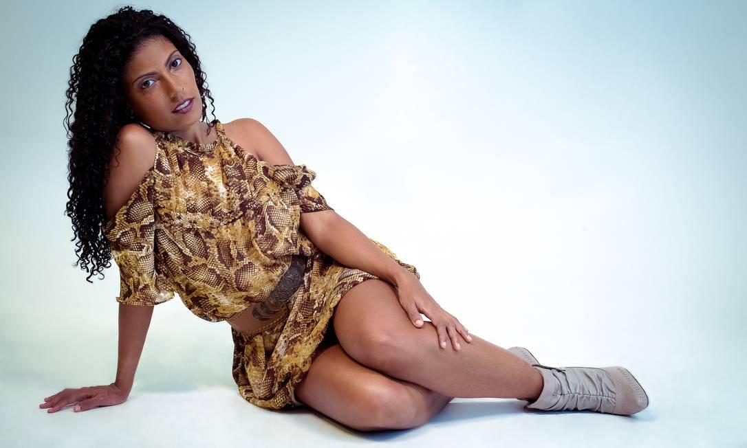 """Paloma Santos: estudante de Administração, a carioca de 31 anos foi a escolhida de setembro: """"Adorei porque sou baixinha e nunca consegui me inscrever num concurso"""" Arquivo Pessoal / Agência O Globo"""