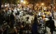 Alvo de queixas. A Praça São Salvador, em Laranjeiras: moradores da região reclamam por não poder dormir devido ao barulho e frequentemente chamam a Polícia Militar