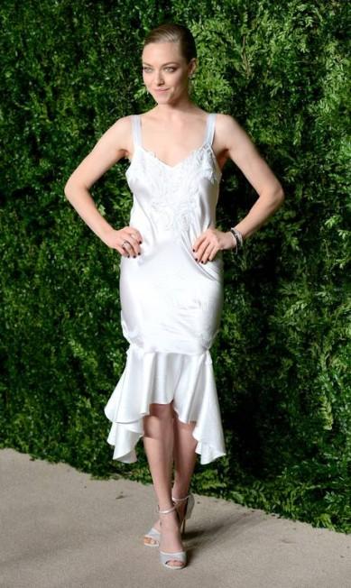 Amanda Seyfried foi uma das principais estrelas, com look Givenchy Andrew Toth / AFP