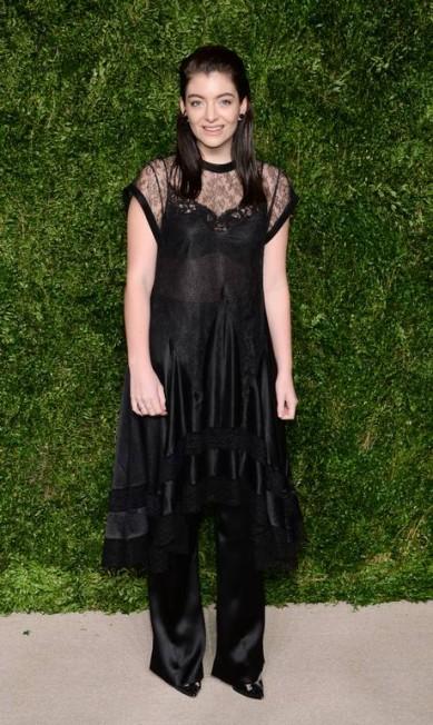 O look gótico da cantora Lorde Evan Agostini / Evan Agostini/Invision/AP