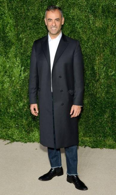 O estilista brasileiro e diretor-criativo da Calvin Klein Francisco Costa Andrew Toth / AFP