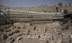 Local em Jerusalém que teria os resquícios de fortaleza grega citada na Bíblica Foto: RONEN ZVULUN / REUTERS