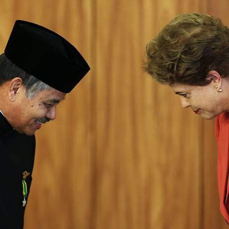 A presidente Dilma Rousseff participa da cerimônia de apresentação de Cartas Credenciais de Embaixadores Estrangeiros Foto: Jorge William / Agência O Globo / Agência O Globo