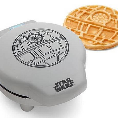 A máquina de waffle Death Star Foto: Divulgação