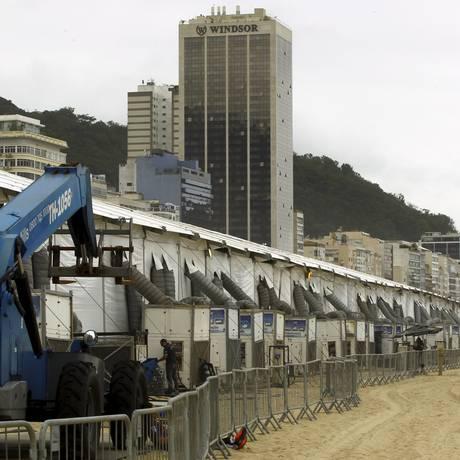 A estrutura montada em Copacabana para a prova do Senac Foto: Gabriel de Paiva / Agência O Globo