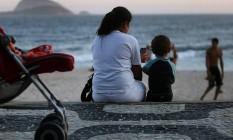 Babá cuida de criança no Leblon: falhas no sistema levaram ao adiamento do prazo da guia Foto: Dado Galdieri / Dado Galdieri/Bloomberg/19-11-2012