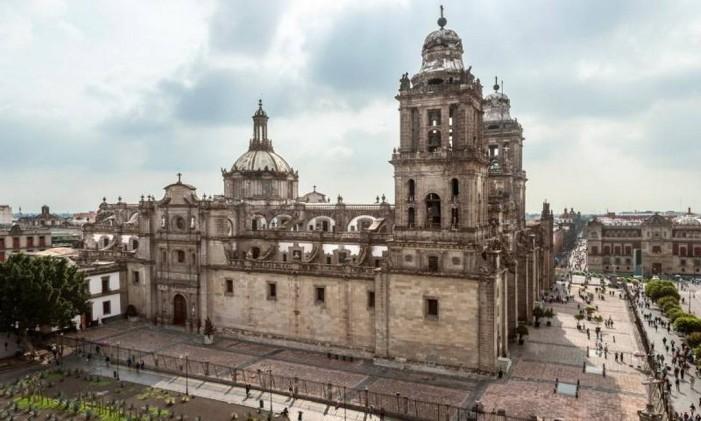 A Praça de Zocalo, na Cidade do México, é exibida no filme Spectre Foto: Divulgação