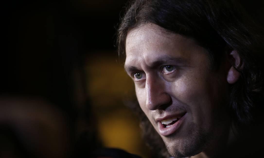 O goleiro Cássio, do Corinthians, sorri na chegada ao hotel André Mourão/Mowa Press/Divulgação