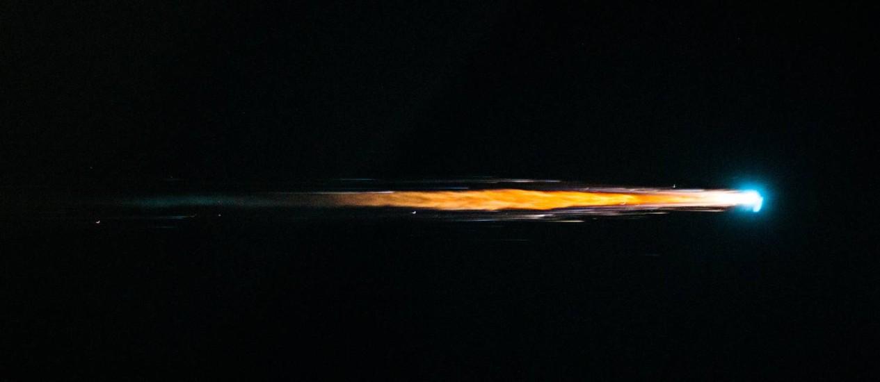 A nave de carga espacial europeia Albert Einstein queima durante a reentrada na atmosfera em 2013: objeto deverá ter destino semelhante Foto: ESA/Nasa