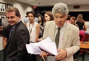 O deputado Chico Alencar (PSOL) ao lado de Paulinho da Força (Solidariedade) Foto: Michel Filho / Agência O Globo