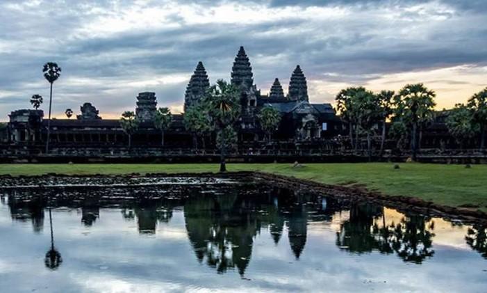 Nascer do sol em Angkor Wat, no Camboja Foto: @joaohcouto / Instagram