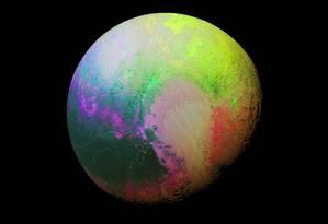 Sonda New Horizons captura imagem 'psicodélica' de Plutão Foto: Nasa
