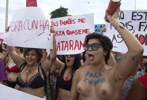 Militantes pediram saída de Eduardo Cunha do cenário político Foto: ANTONIO SCORZA / Agência O Globo