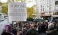 'Não aos atos bárbaros', pedem parisienses