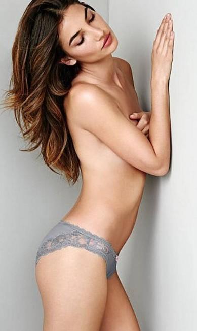 Lily Aldridge, casada com Caleb Followill, vocalista do Kings of Leon, faz topless numa campanha da marca Divulgação