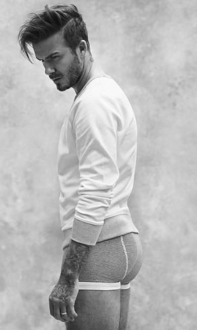 Aos 40 anos, Beckham ficou com o lugar de Chris Hemsworth. O inglês, aliás, vive posando de cueca para a rede sueca de fast fashion H&M © H&M/REX