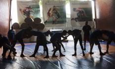Atletas da CBW se exercitam na sede da confederação na Tijuca Foto: Antonio Scorza / Agência O Globo