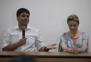 Pedro Paulo ao lado da ex-mulher, Alexandra Marcondes Foto: Alexandre Cassiano/12-11-2015 / Agência O Globo