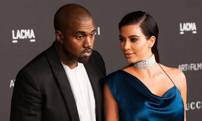 Kim Kardashian e Kanye West no Art + Film Gala de 2014: a gargantilha que Kim espera ganhar Foto: VALERIE MACON / AFP