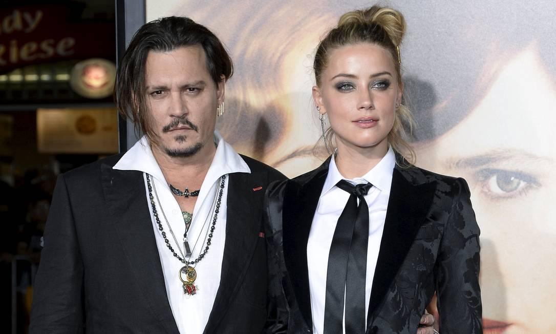 Mais de Amber Heard e Johnny Depp KEVORK DJANSEZIAN / REUTERS