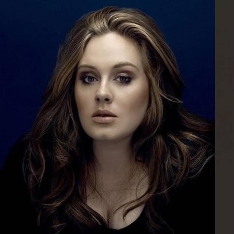 Adele contou que é fã de Drake e do hit do rapper Foto: Montagem com foto de divulgação e reprodução de Instagram
