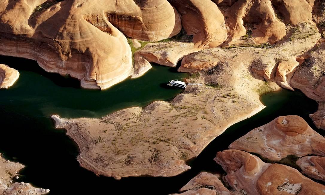 Lago teve cerca de 42% de sua capacidade reduzida RICK WILKING / REUTERS
