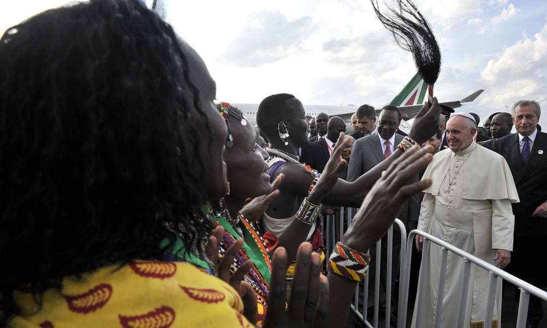 O Papa Francisco está em sua primeira viagem pela África, onde visitará Quênia, Uganda e República Centro-Africana SIMON MAINA / AFP