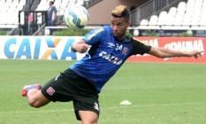 Rafael Silva está liberado para jogar na reta final Foto: Divulgação