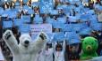 Ativistas pedem ação para conter mudanças climáticas durante passeata em Tóquio