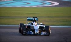 Rosberg fez a sexta pole consecutiva no ano Foto: MARWAN NAAMANI / AFP
