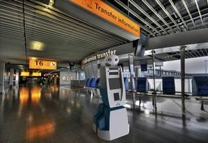 Spencer, funcionário robô da KLM Foto: Divulgação