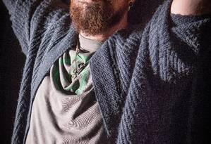 #eufalosobre. Gabriel Estrela estreia espetáculo em dezembro, no teatro Eva Herz, em Brasília, que trata da descoberta do HIV Foto: ANDRE COELHO / Agência O Globo