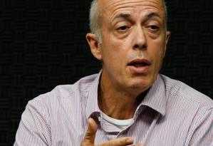 Candidato a presidente do Flamengo, Wallim Vasconcelos inicialmente não mostrou os documentos sobre Sampaoli, mas depois o fez Foto: Pablo Jacob / Agência O Globo
