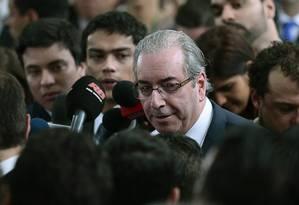 O presidente da Câmara, Eduardo Cunha concede entrevista coletiva para rebater respostas dadas pela presidente Dilma Rousseff Foto: Jorge William / Agência O Globo