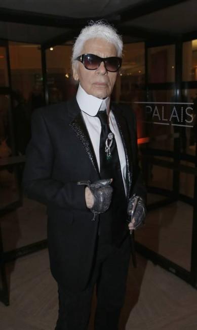 O estilista alemão Karl Largefeld, responsável pelas coleções das grifes Chanel e Fendi Rindoff/Le Segretain / Getty Images for Louis Vuitton