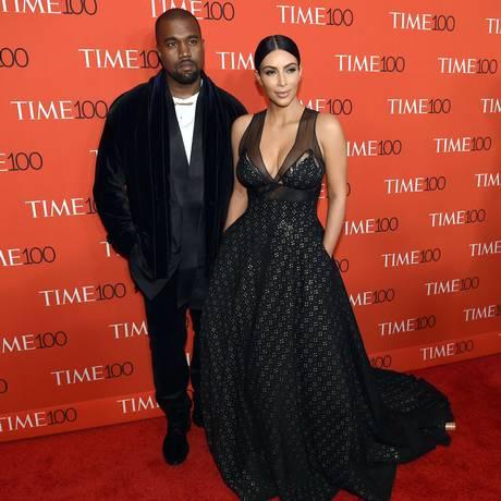 Kim Kardashian e Kanye West Foto: TIMOTHY A. CLARY / AFP