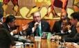 O presidente da Câmara, Eduardo Cunha, na reunião de líderes partidários